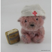 WW1 Soldier bear nurse Flo