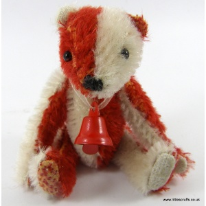 red__white_bear